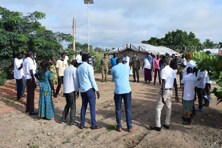 South Sudanese come together for a community dialogue and promote peace