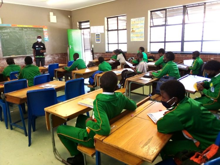 Youth in Cape Town learn about Conflict Resolution from WPDI Youth Peacemakers