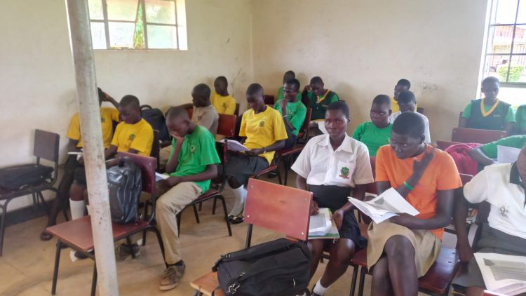 A class on Conflict Resolution Education in Acholi