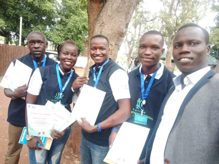 Graduates of the Youth Peacemaker Network